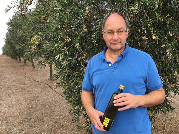 Export handbook supports EVOO sales to China